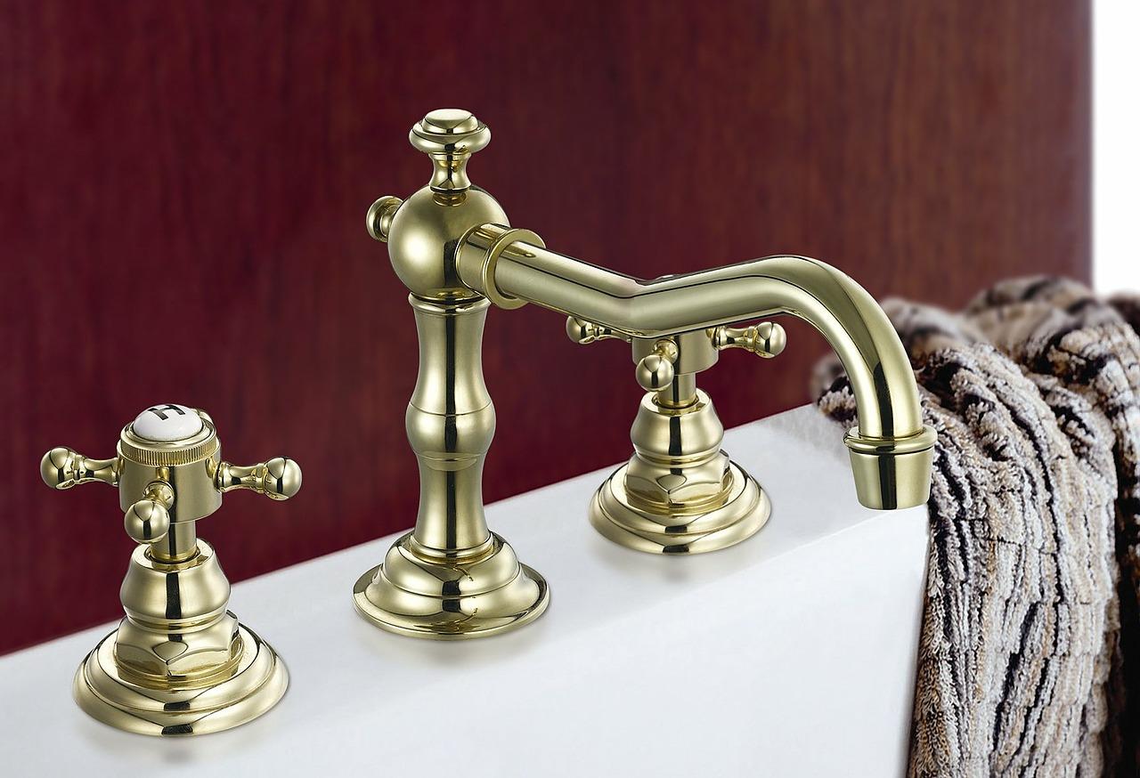 BAthroom sink, organise small bathroom