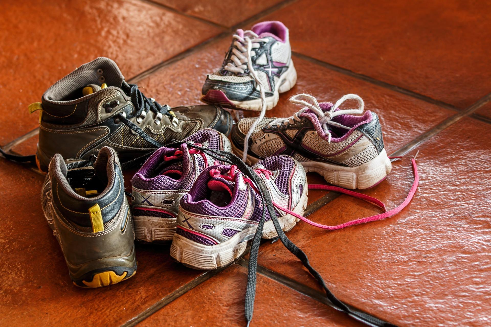 organize children shoes