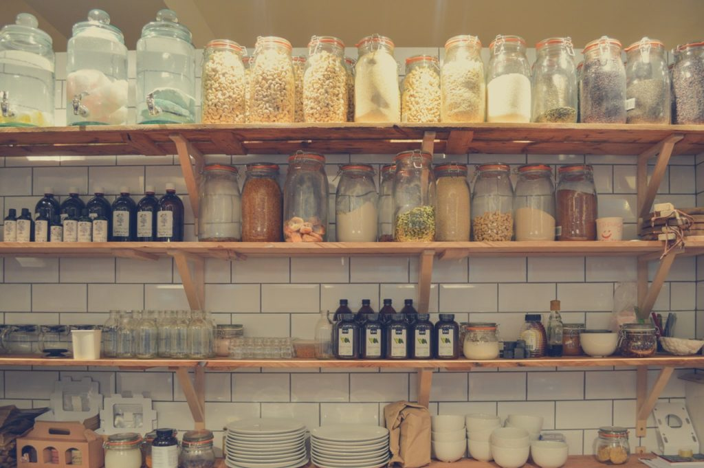 organise a small pantry