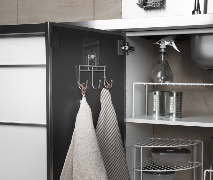 Self-adhesive hooks for the kitchen