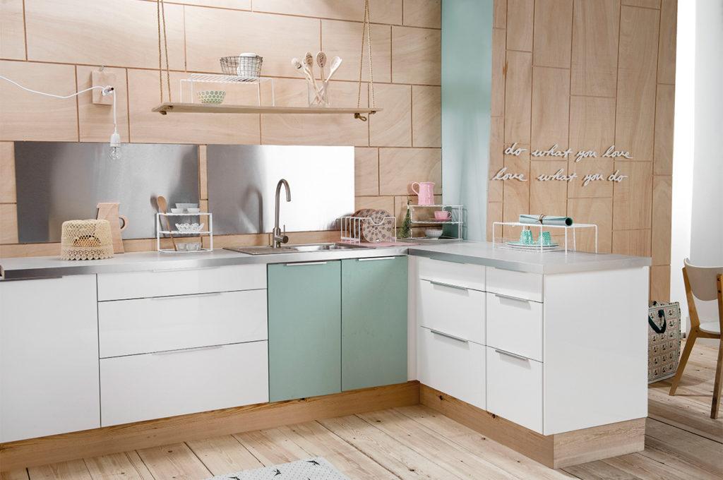 Organise the kitchen